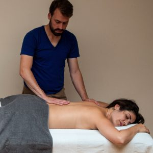 Julian Welzel Ayurvedische Massage