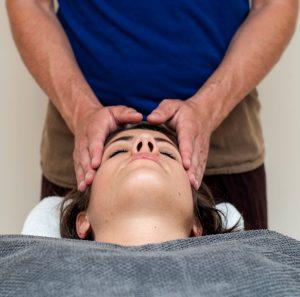 Ayurvedische Massage Julian Ebenfeld
